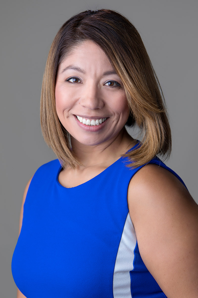 Gloria Alvarez '05 is the Director of Career Services at the Hispanic Scholarship Fund (HSF)